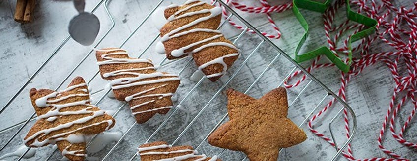 Gingerbread-protein-biscuits-recipe.jpg