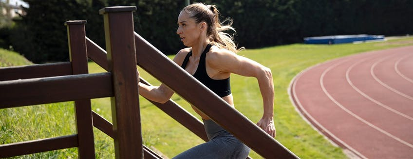 Maximuscle-Kirsty-Hendey-Change-up-your-training-routines-to-start-seeing-improvements.jpg