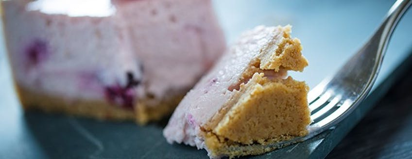 maximuscle-berry-protein-cheesecake.jpg